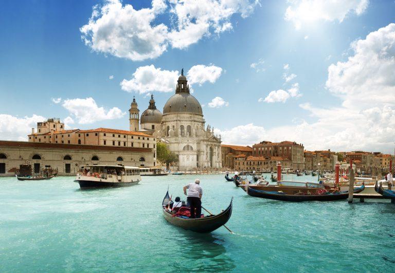 Venise : voguer dans les eaux de la cité des amoureux